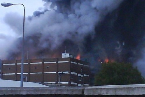 grimsby-factory-fire